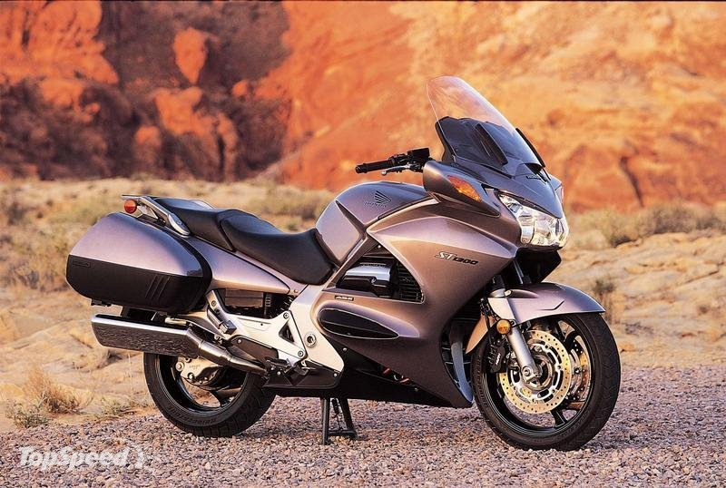 Honda Motorcycles St Autos 116013 Wallpaper wallpaper