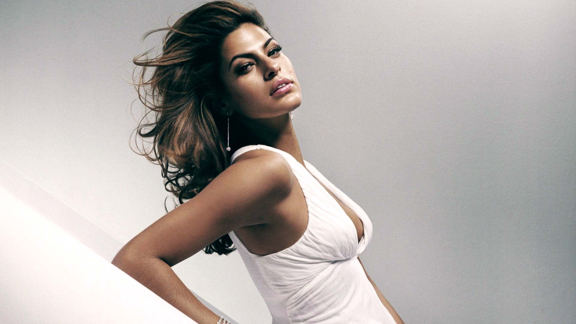 Eva Mendes 2012 wallpaper