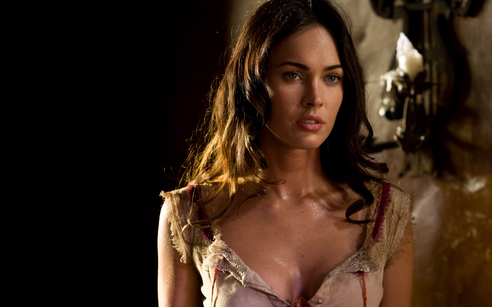 Megan Fox in Jonah Hex wallpaper