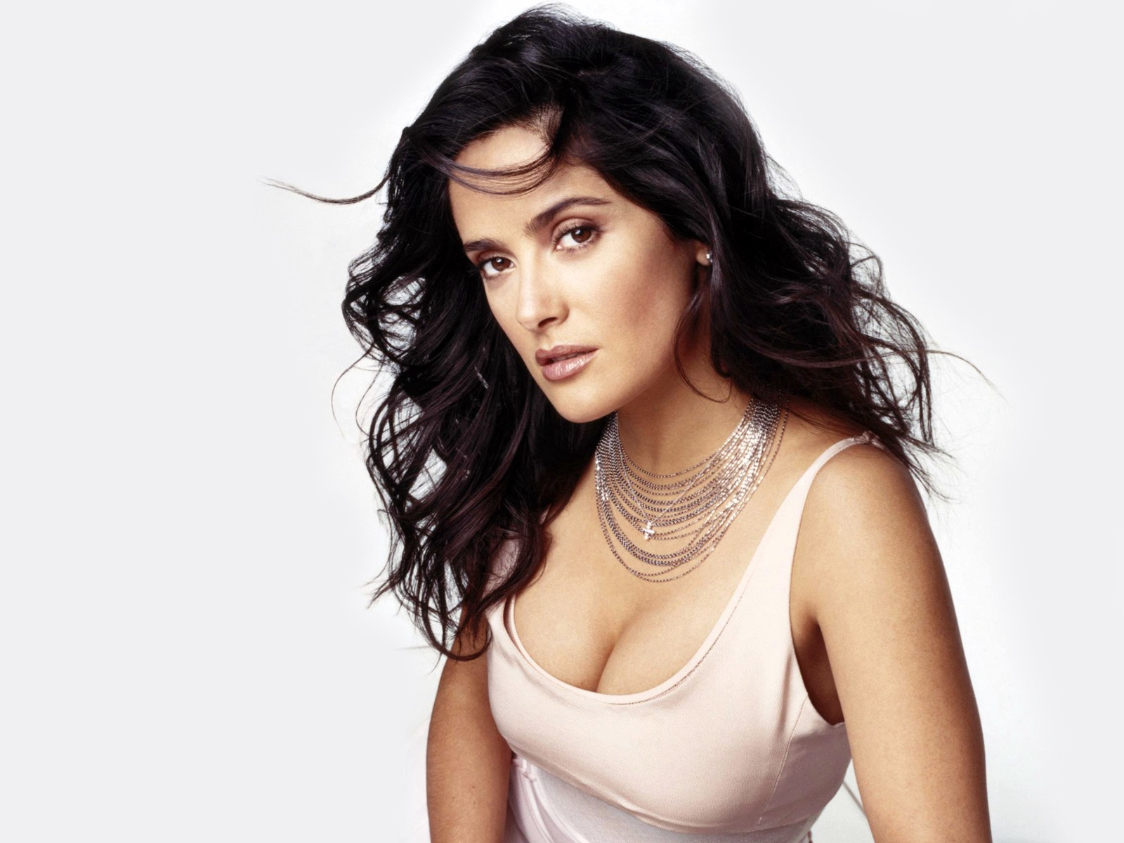 Salma Hayek New 2010 wallpaper