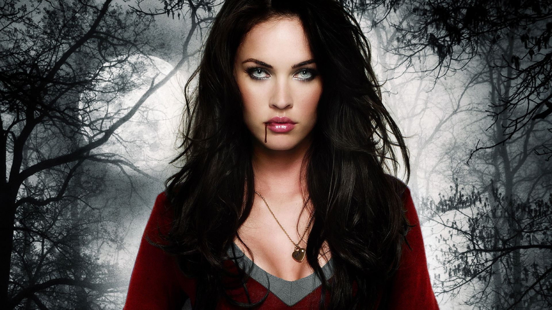 Megan Fox in Jennifers Body wallpaper