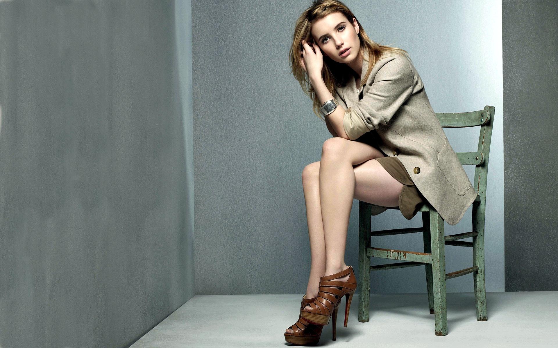Emma Roberts 18 wallpaper download
