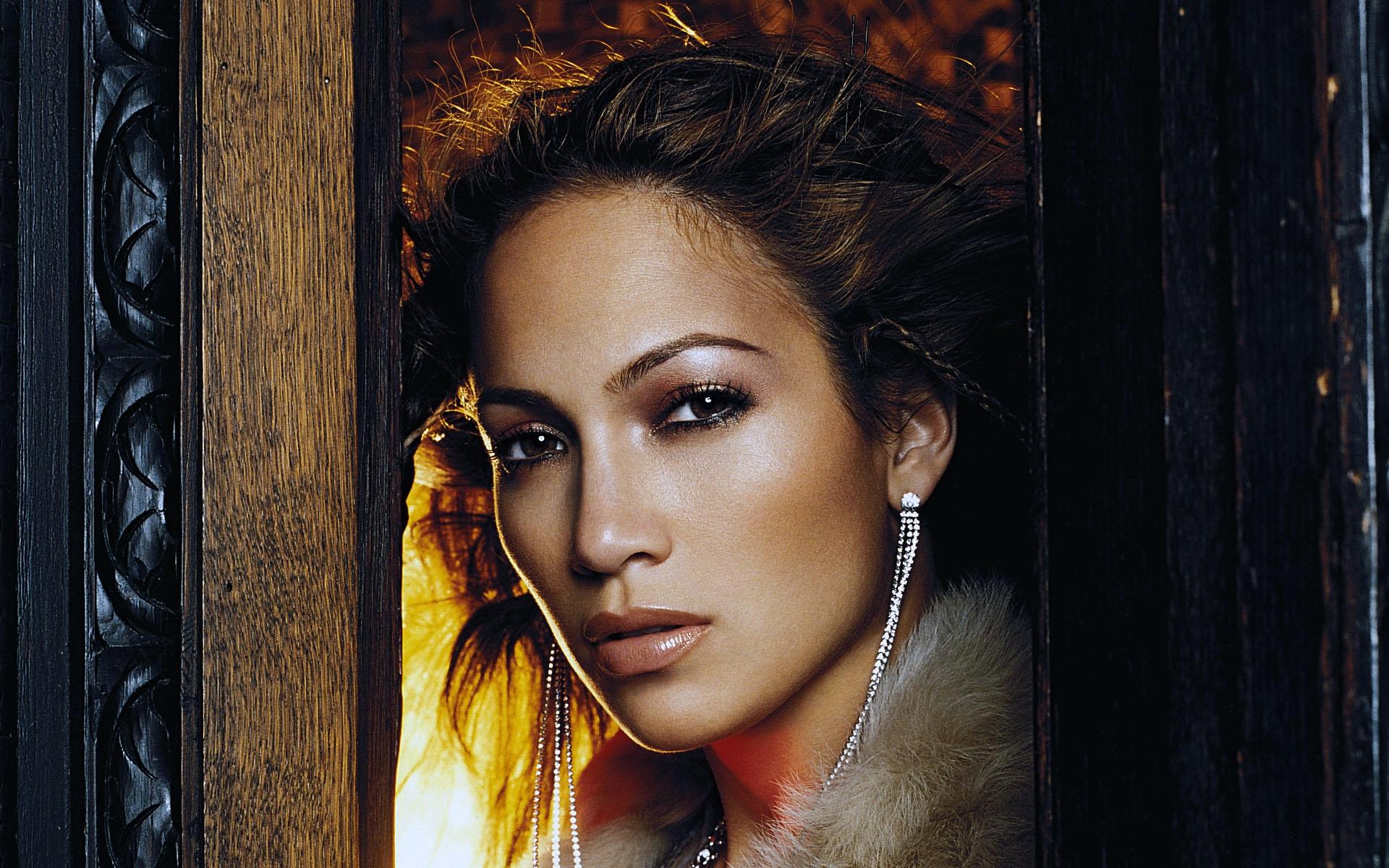 Jennifer Lopez 50 wallpaper