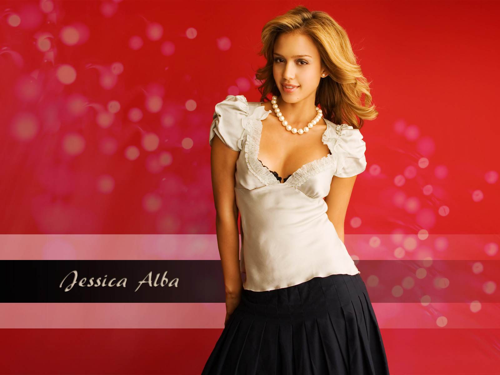 Jessica Alba Latest 2010 wallpaper
