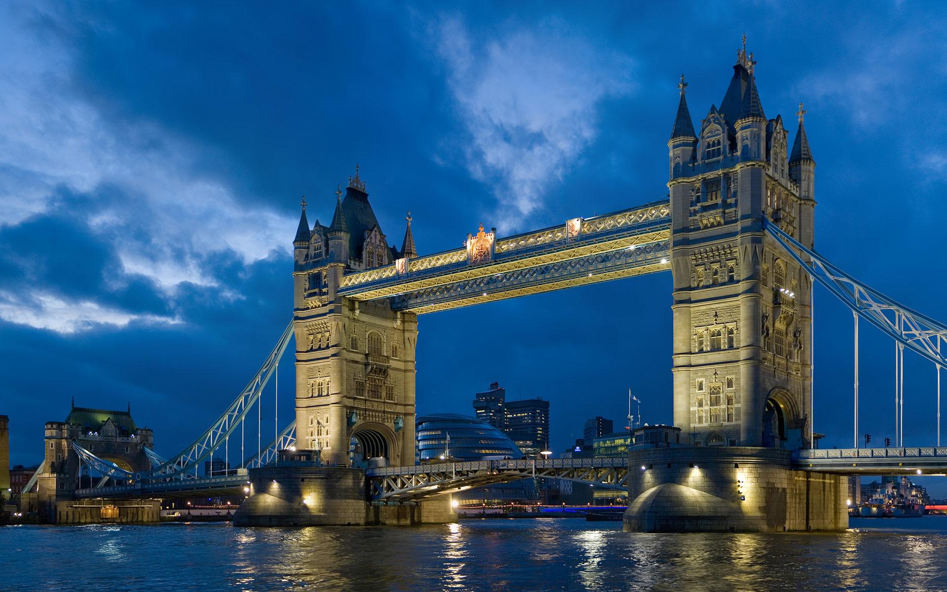 Tower Bridge London Twilight wallpaper