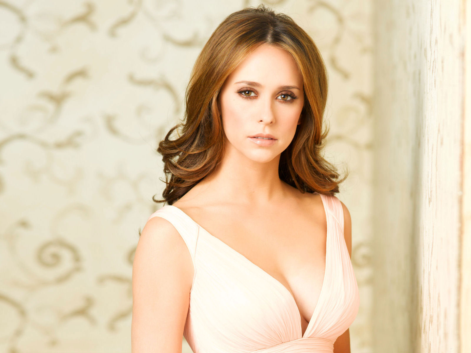Jennifer Love Hewitt 24 wallpaper