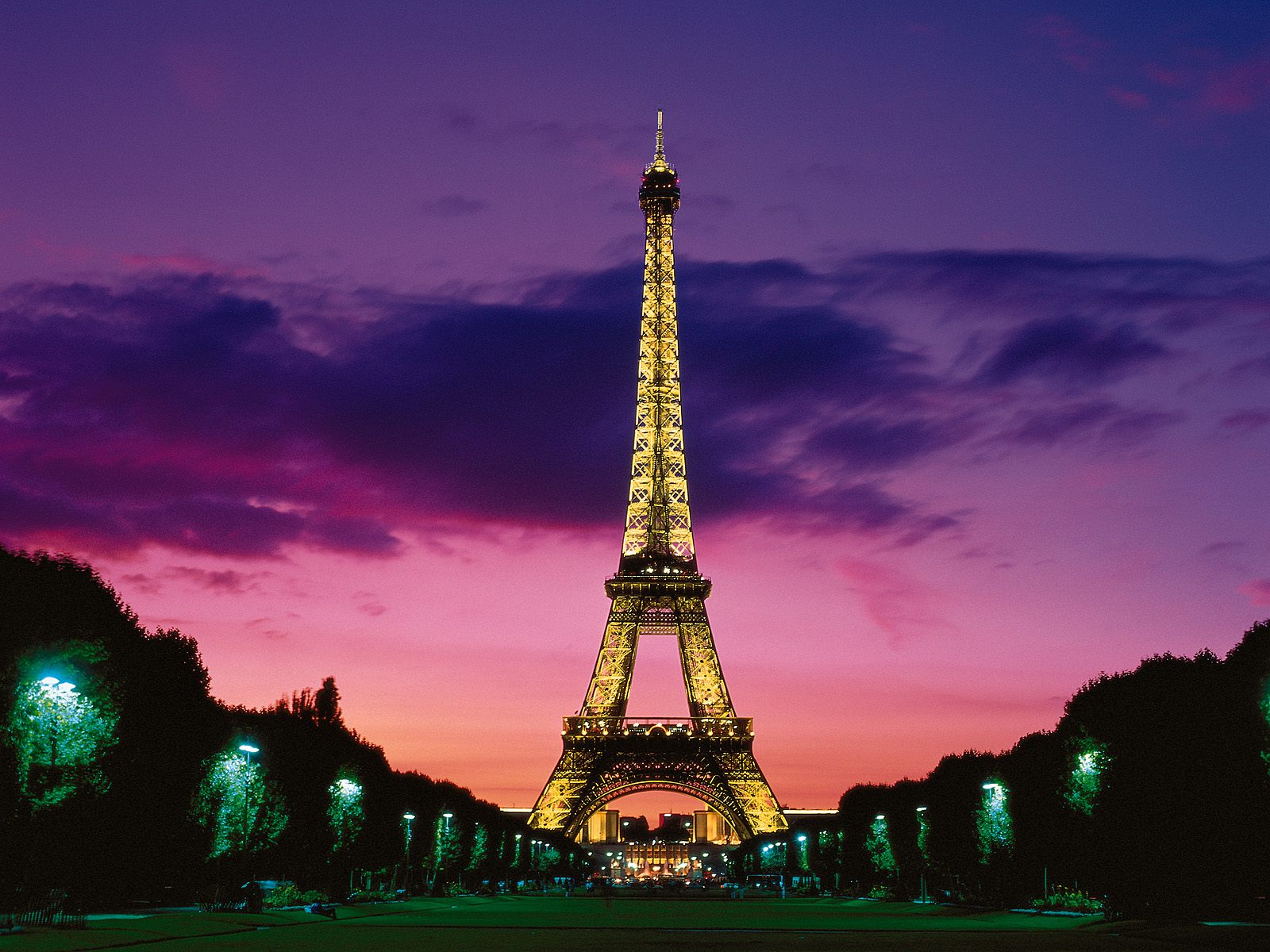 Eiffel Tower at Night Paris France wallpaper