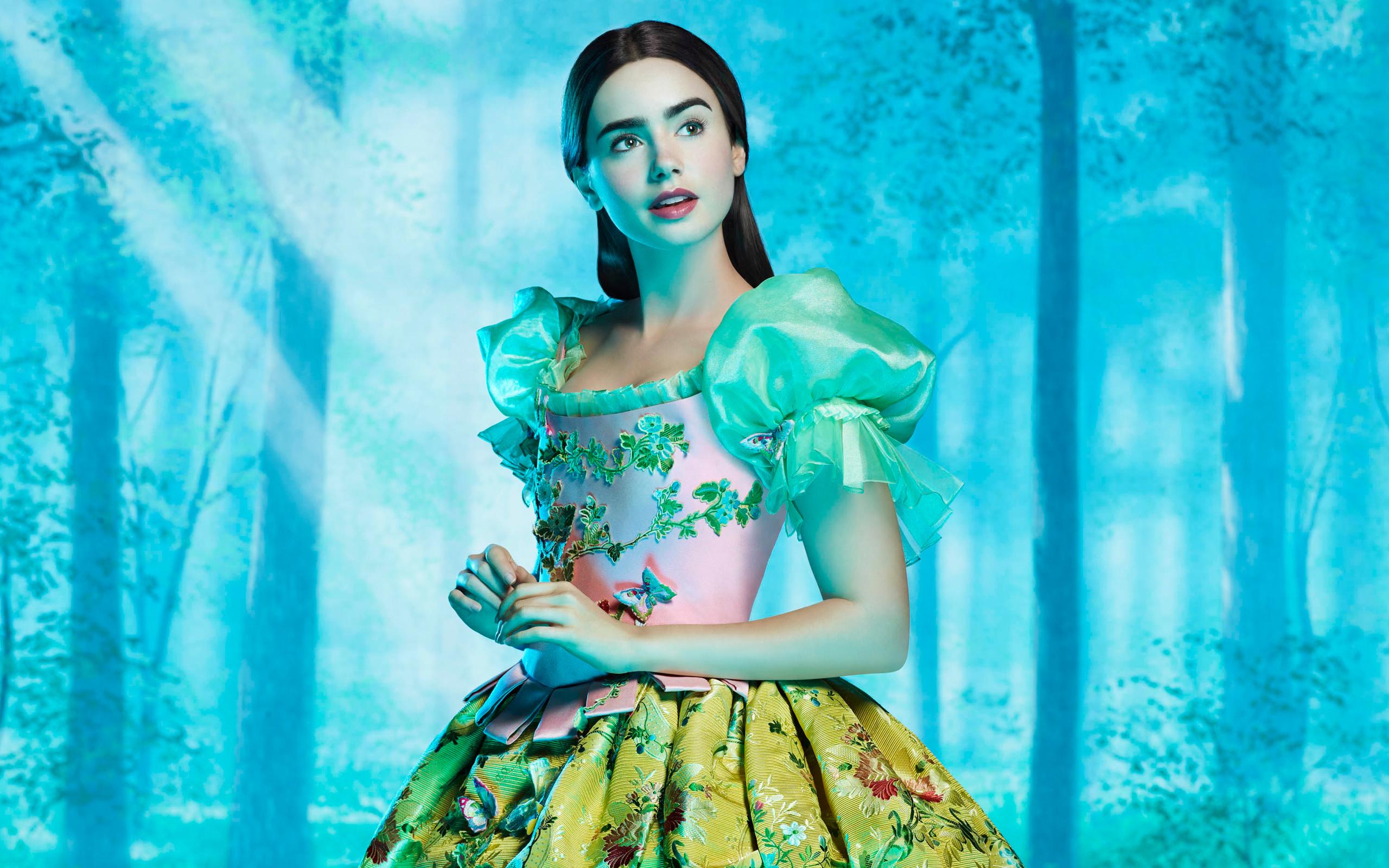 Lily Collins as Snow White wallpaper