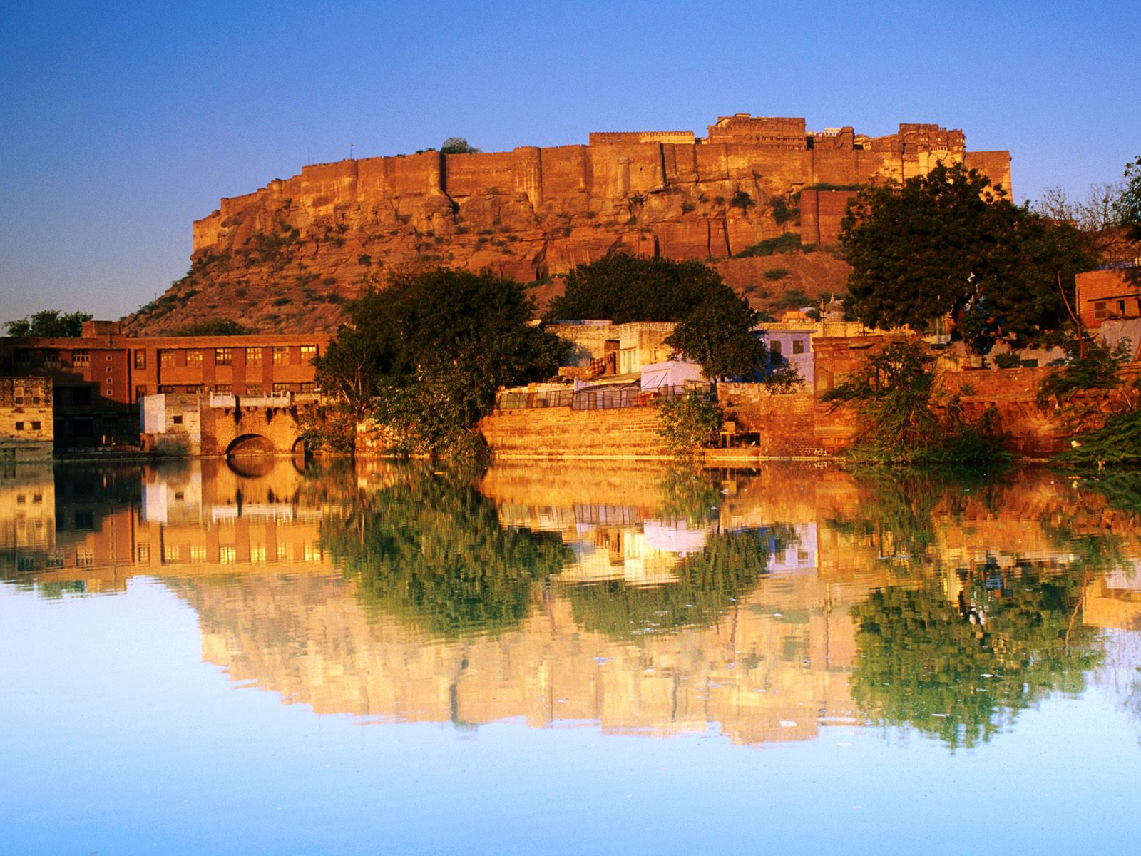 Fort Reflected Sunset India wallpaper