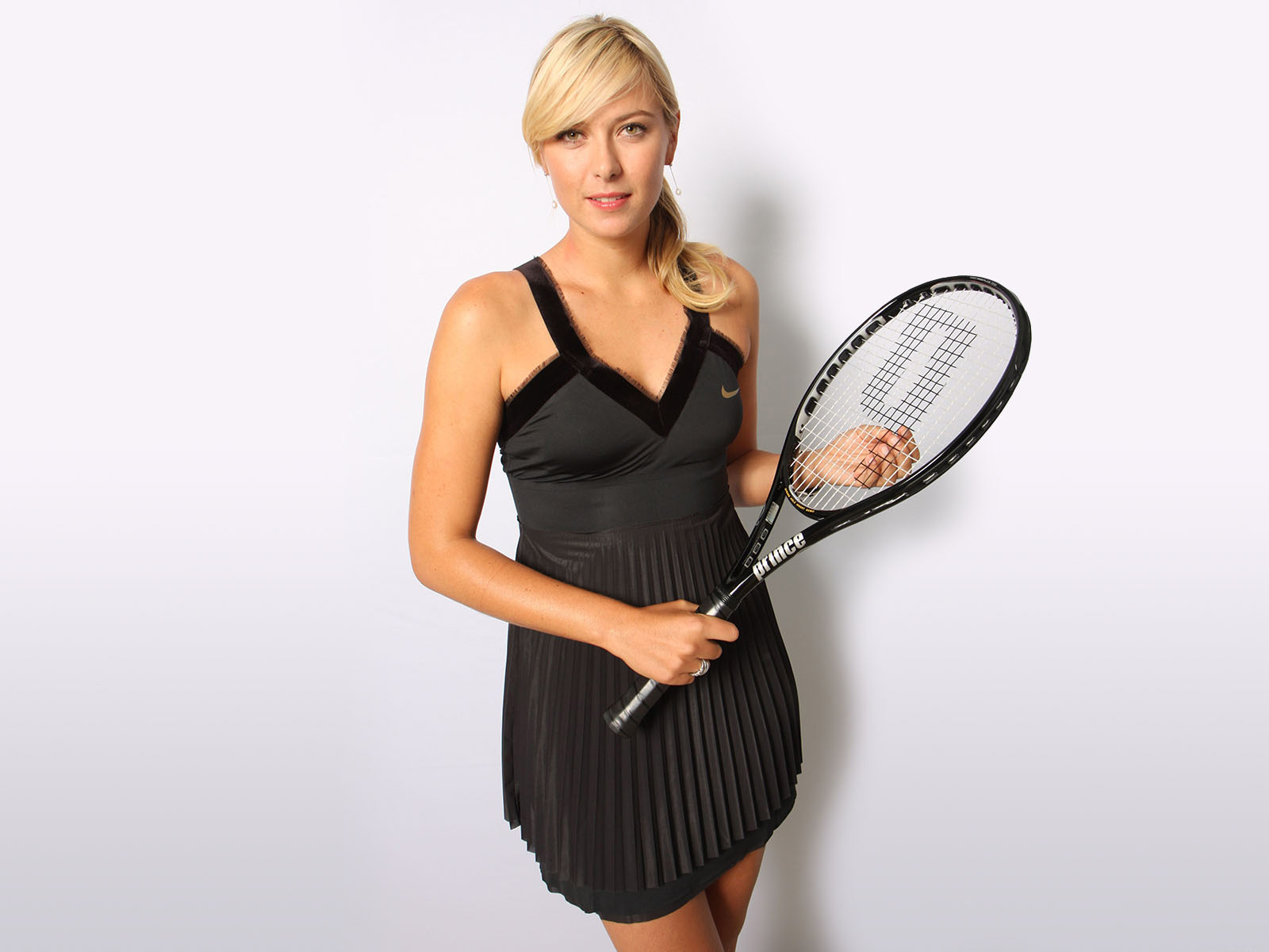 Maria Sharapova No.1 Tennis Player wallpaper