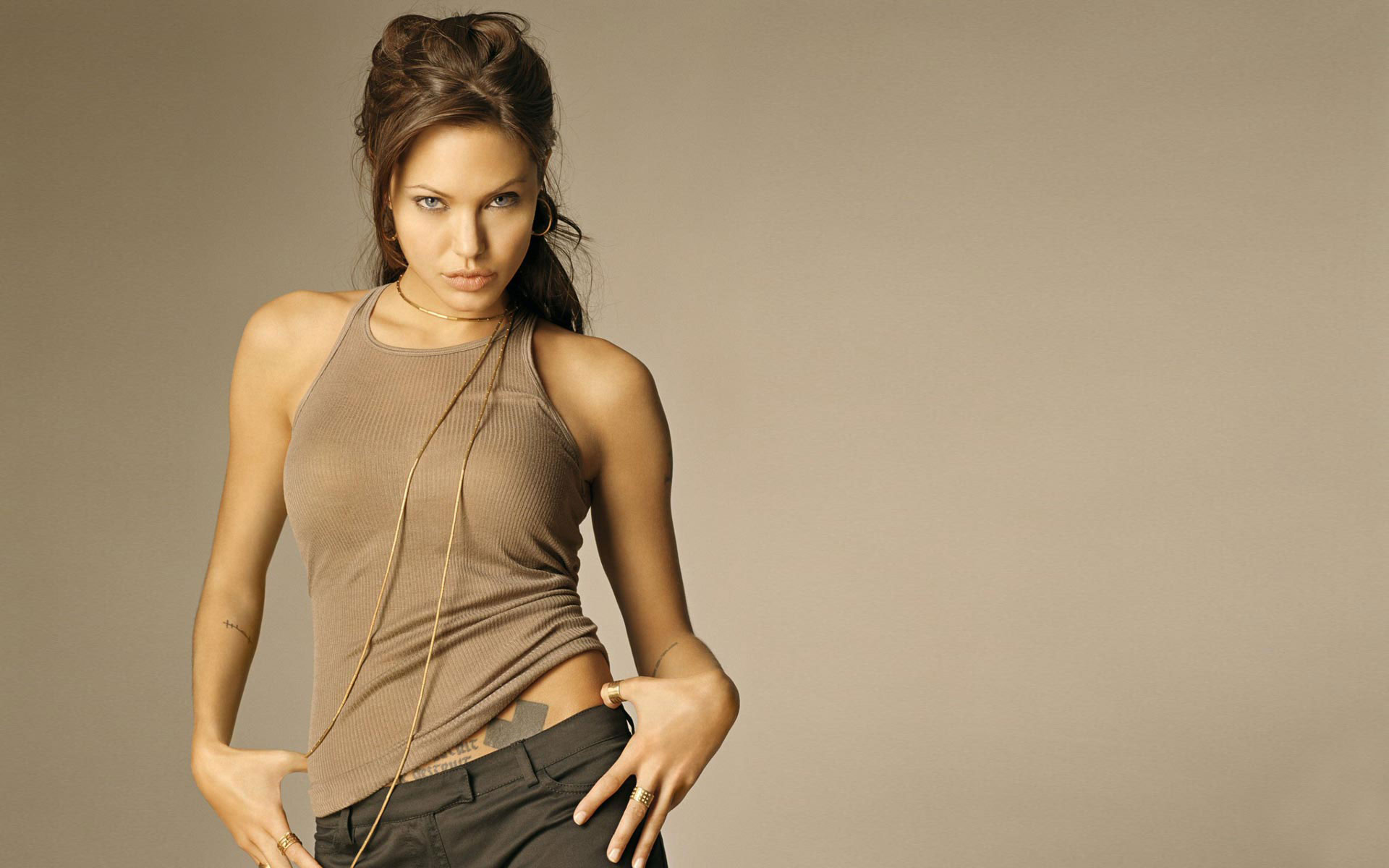 Angelina Jolie Widescreen wallpaper