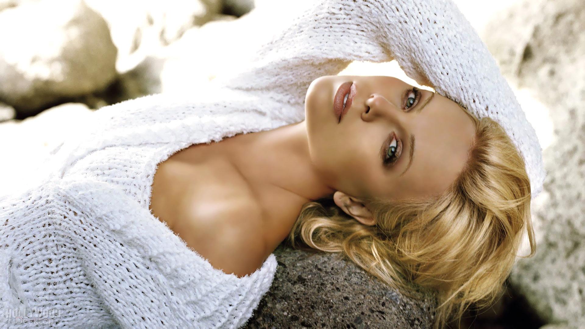 Charlize Theron 2012 wallpaper