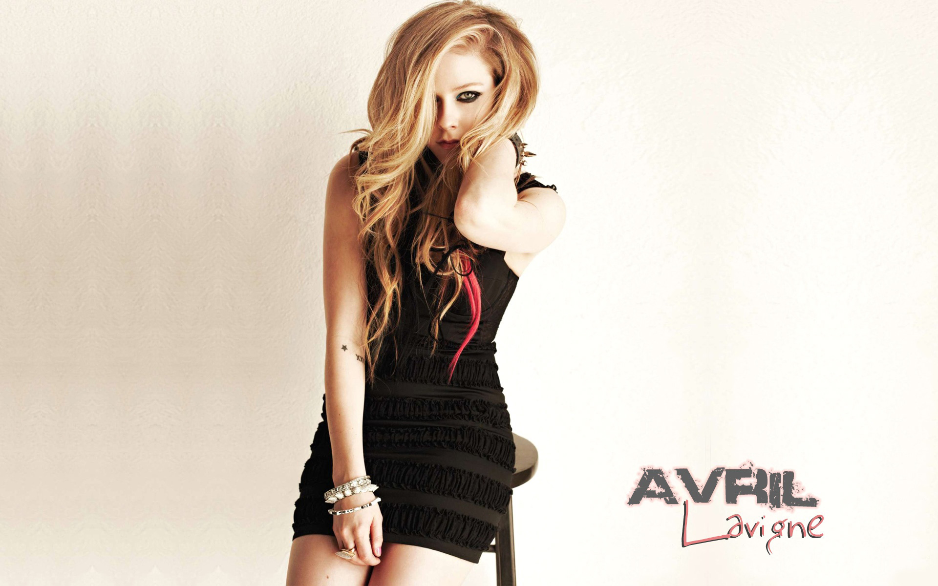 Avril Lavigne 46 wallpaper